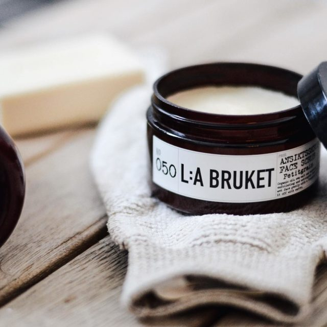 A great scrub for the face! La bruket ansiktsskrubb withhellip