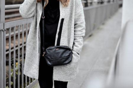 basic-look-style-joop-minibag-blogger